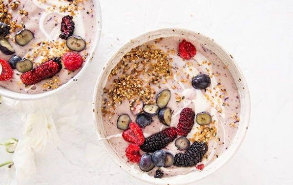 5 Ways to add Hemp Seeds to Breakfast