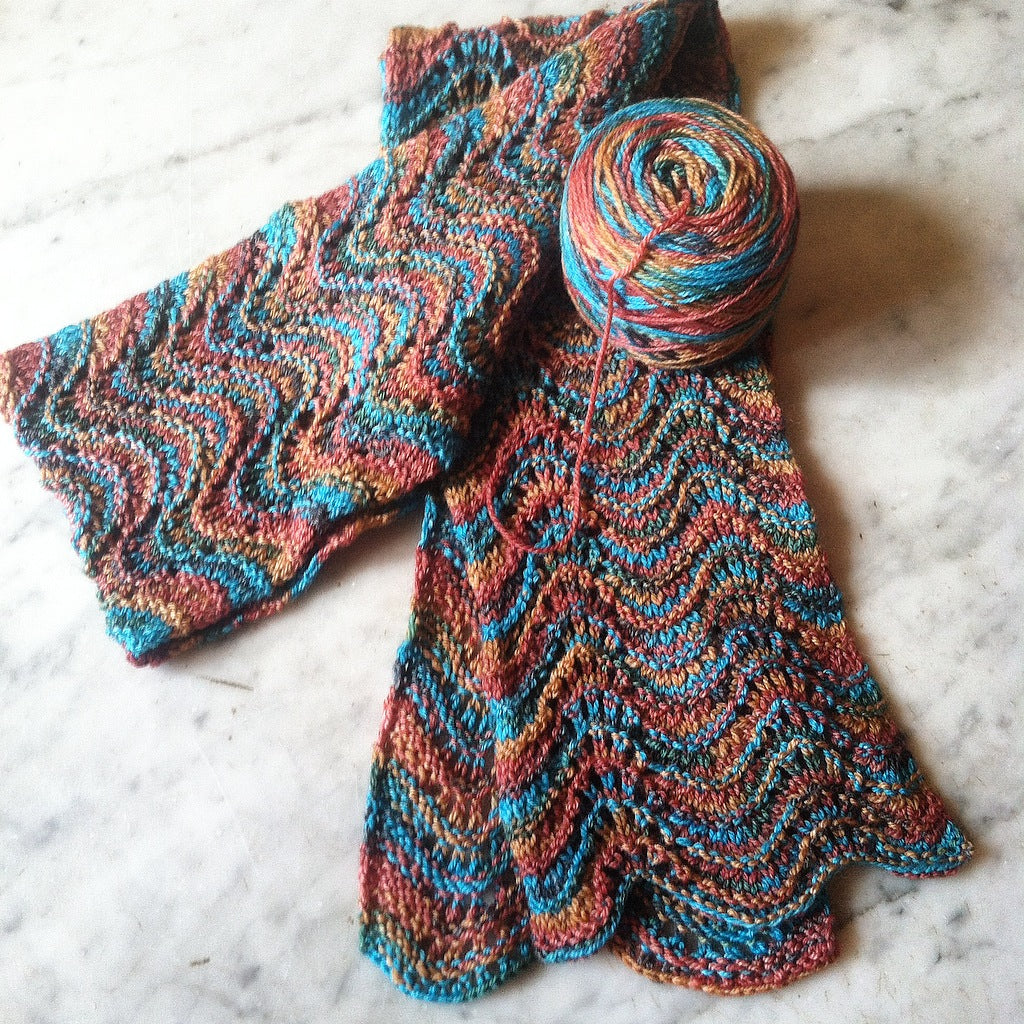Feather & Fan Scarf Pattern