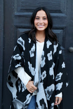 Load image into Gallery viewer, Black/Grey Leopard Print Shawl