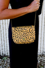 Load image into Gallery viewer, Leopard Purse