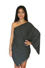 Load image into Gallery viewer, Boncho Nursing Poncho
