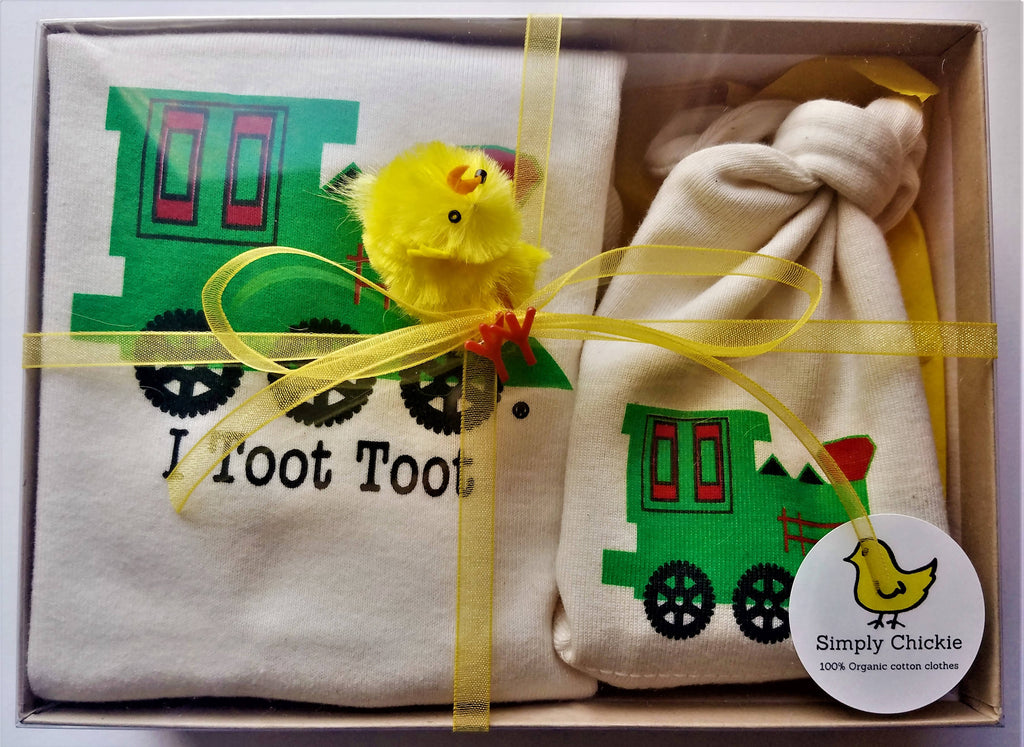 Gift set/ organic hat and one romper. Train. I toot toot