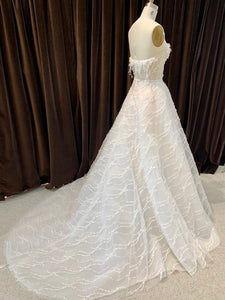 GC#32460 - Mira Zwillinger Marvel Wedding Gown in Size 38