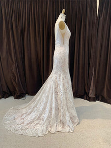 GC#32468 Hayley Paige Zazu Wedding Gown in Size 8