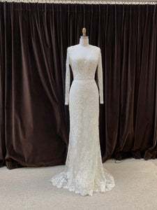 GC#32987 - Flora Bridal Carmen Wedding Dress in Size 10