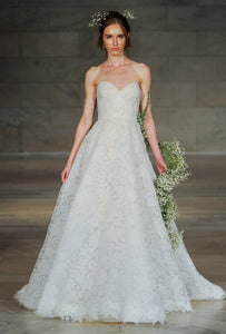 GC#28899 - Reem Acra Charm Wedding Dress in Size 8