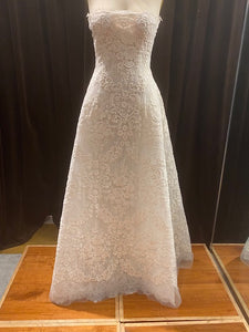 GC#32488 - Reem Acra Like a Prayer Wedding Gown in Size 10