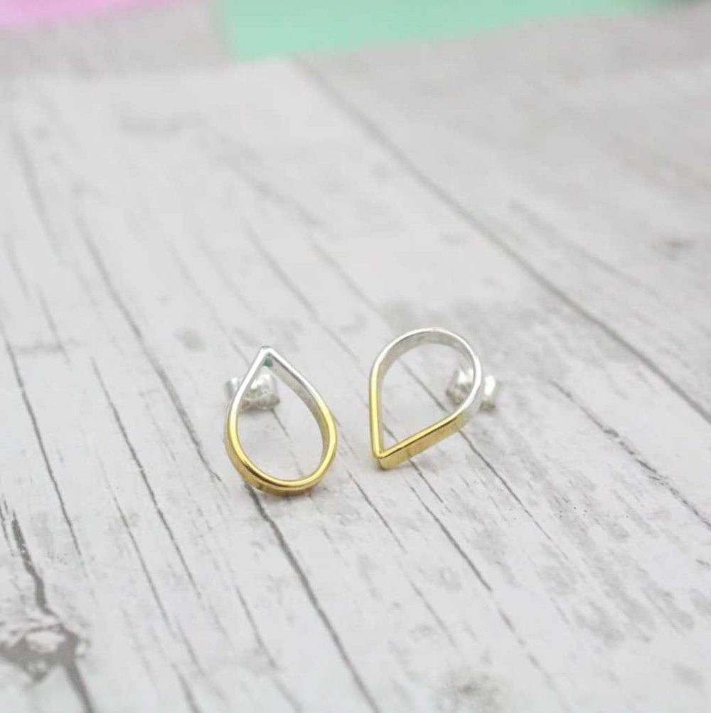 Loop Small Topsy Turvy Silver Stud Earrings
