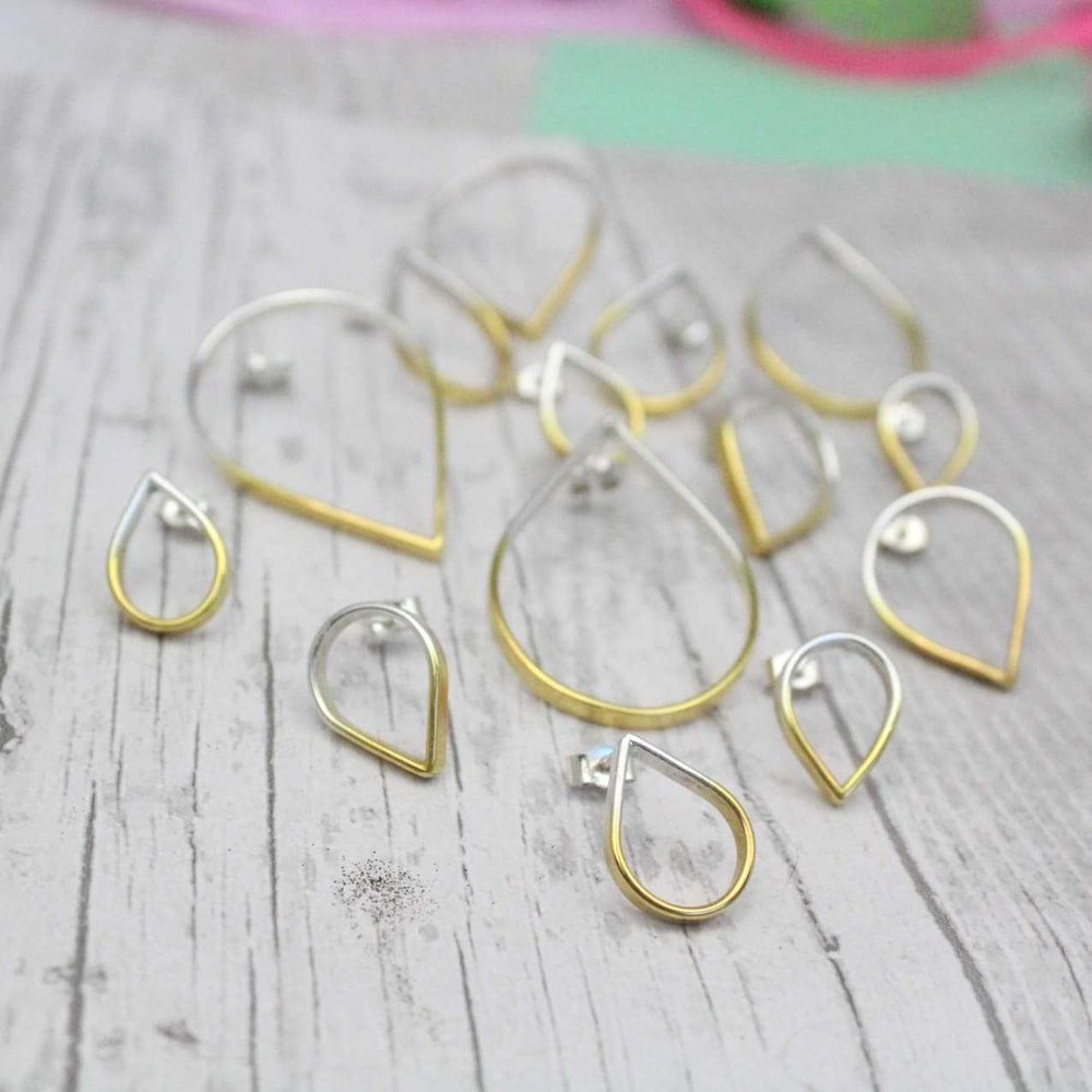 Loop Medium Topsy Turvy Silver Stud Earrings