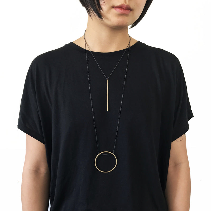 Vertical Line Necklace / שרשרת קו
