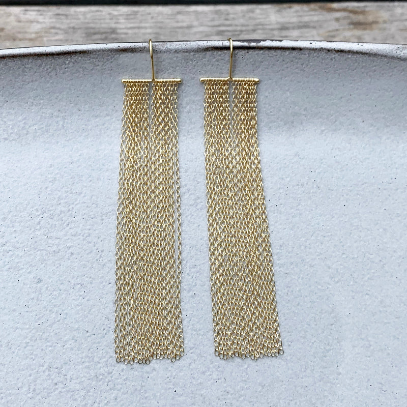 Rainfall Gold Earrings / עגילי מפל זהב