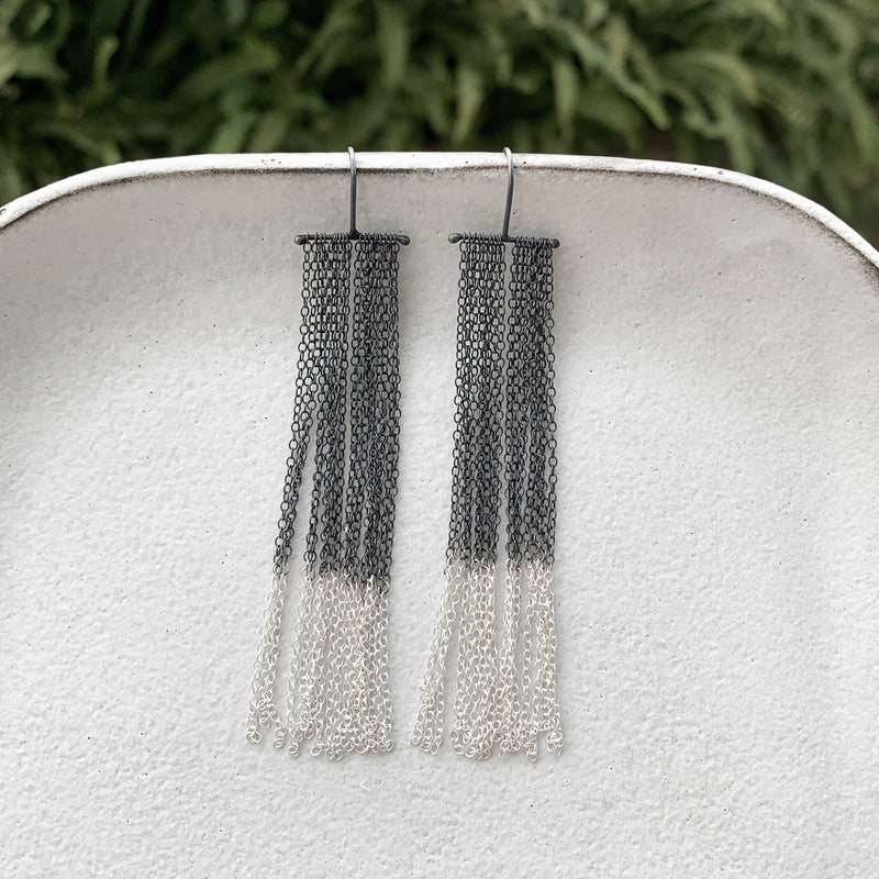 Rainfall Ombre' Earrings / עגילי מפל אומברה כסף