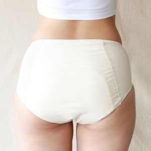 EVE period panty natural color on model