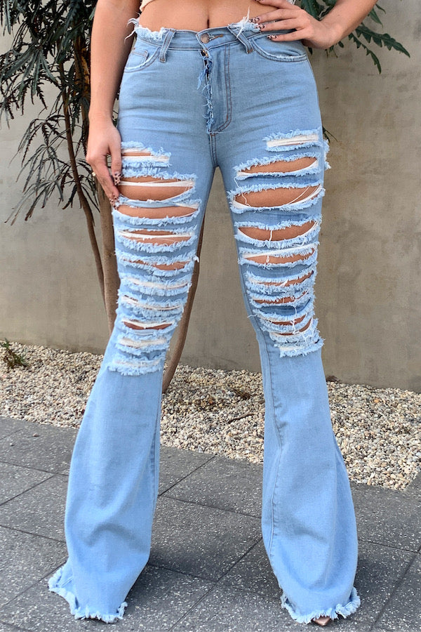Lela Flare Jean in Light Denim