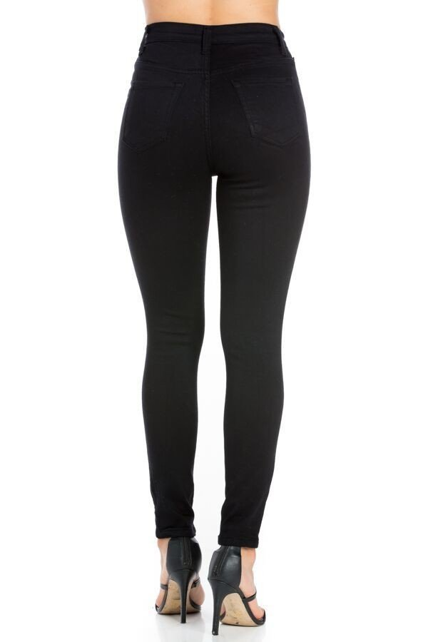 Classic High Rise Skinny Jean in Black