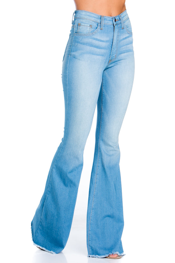 Logan Flare Jean - Light Blue