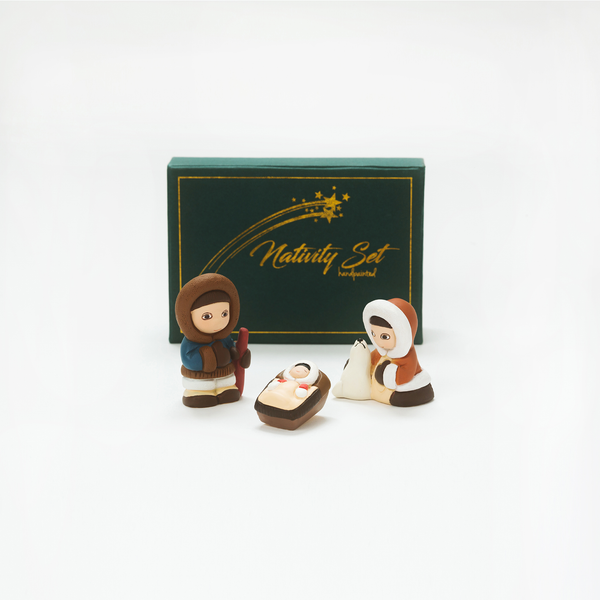 COLLECTIBLE NATIVITY SETS