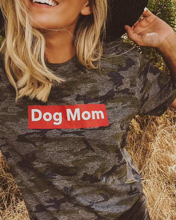 Camo Dog Mom Red Block t-Shirt