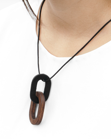 Link Necklace - Black/Walnut