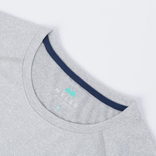 Momentum Tee in Heather Gray