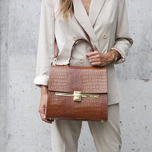 Load image into Gallery viewer, Hazelnut City bag leather