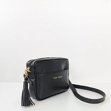 Load image into Gallery viewer, Carlota black shoulder bag