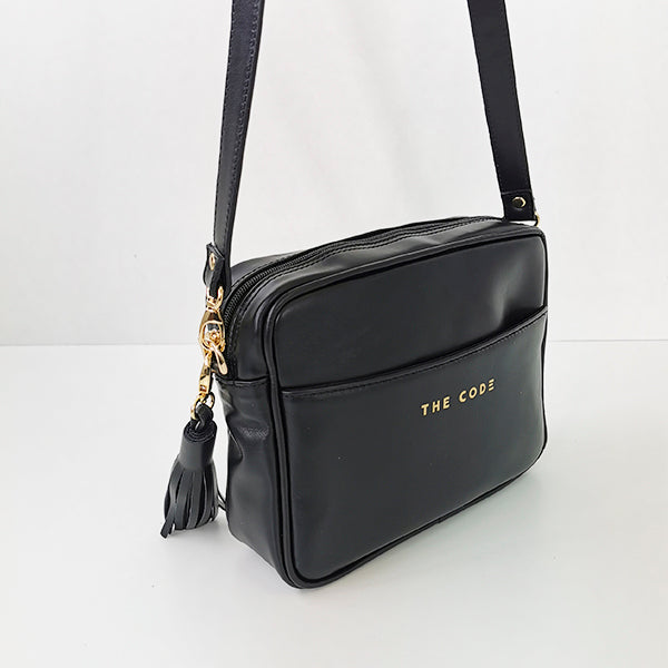 Carlota black shoulder bag