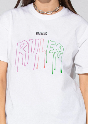 BREAKING RULES TEE