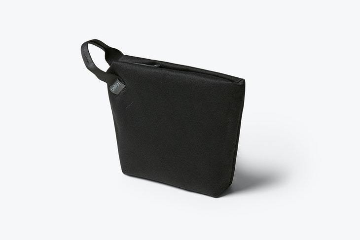 Bellroy Standing Pouch, Melbourne Black
