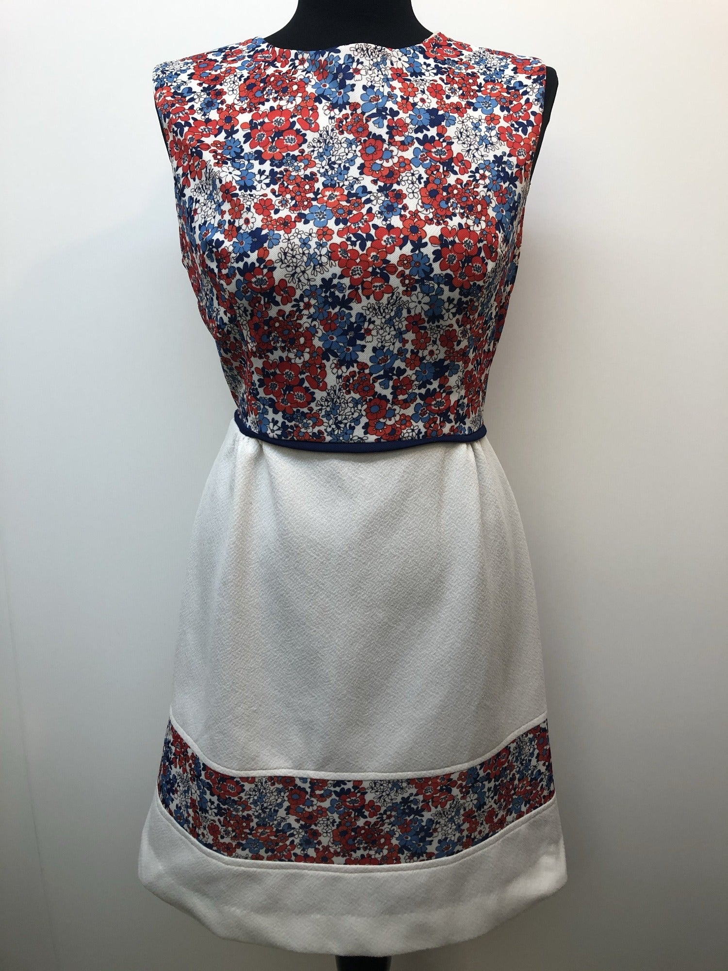 womens  white  vintage  retro  Red  multi  MOD  floral print  dress  blue  60s  1960s  14 urban village vintage