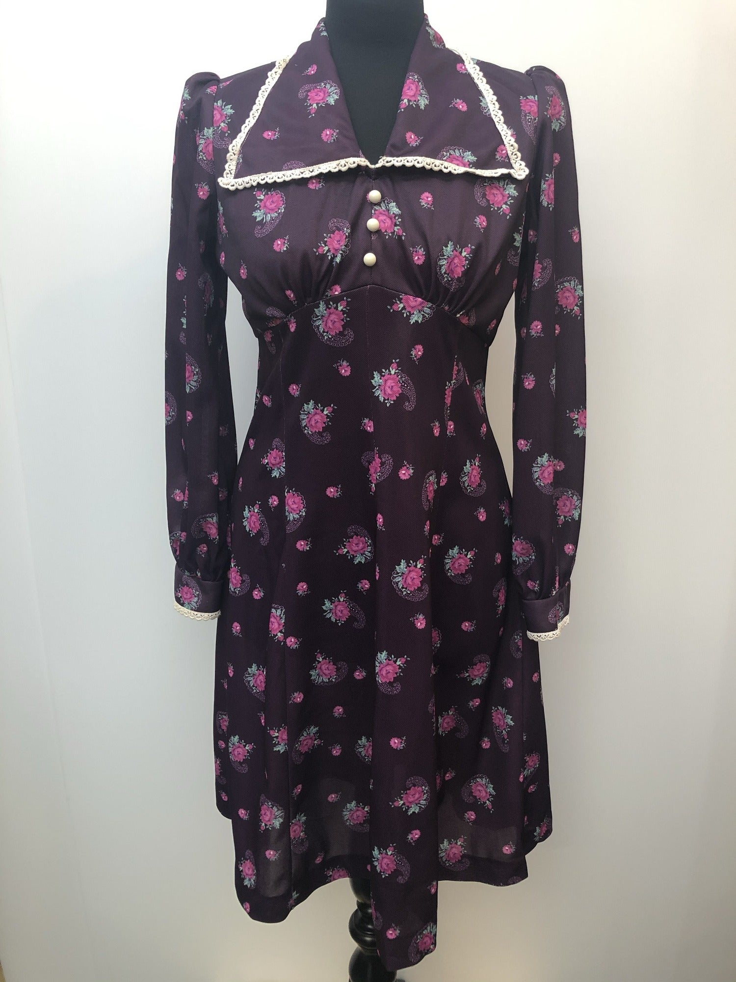 womens  vintage  purple  prairie dress  midi dress  floral print  collar dress  collar  70s  1970s  10 urban village vintage