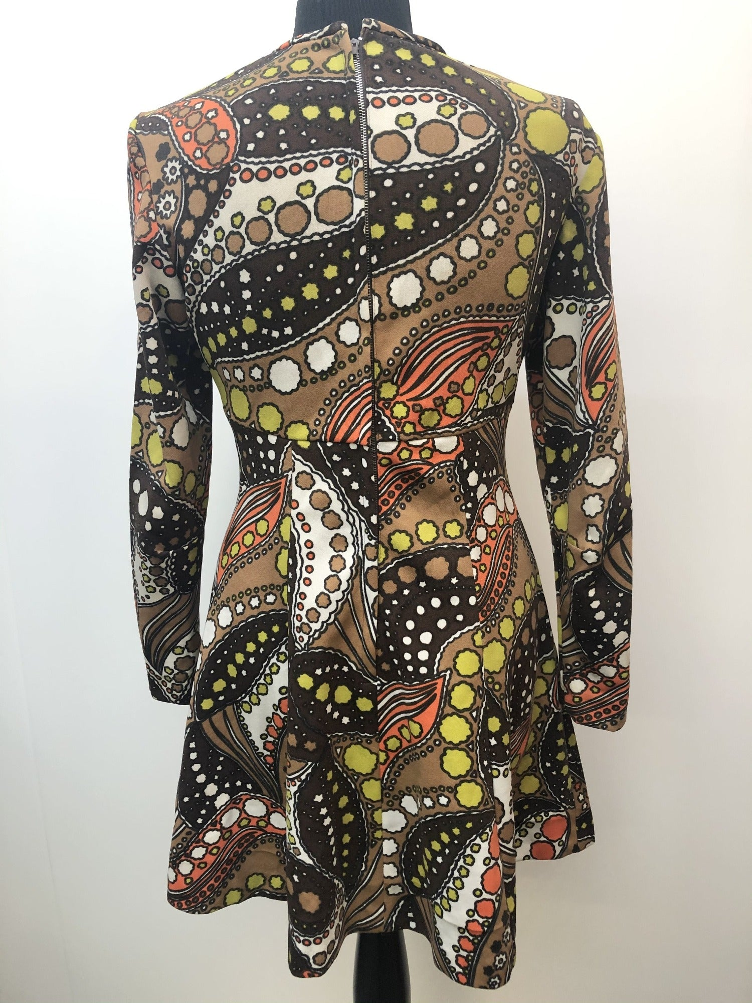 womens vintage retro psychedelic Paisley Print paisley orange MOD mini dress dress brown 60s 1960s 10 Urban Village Vintage