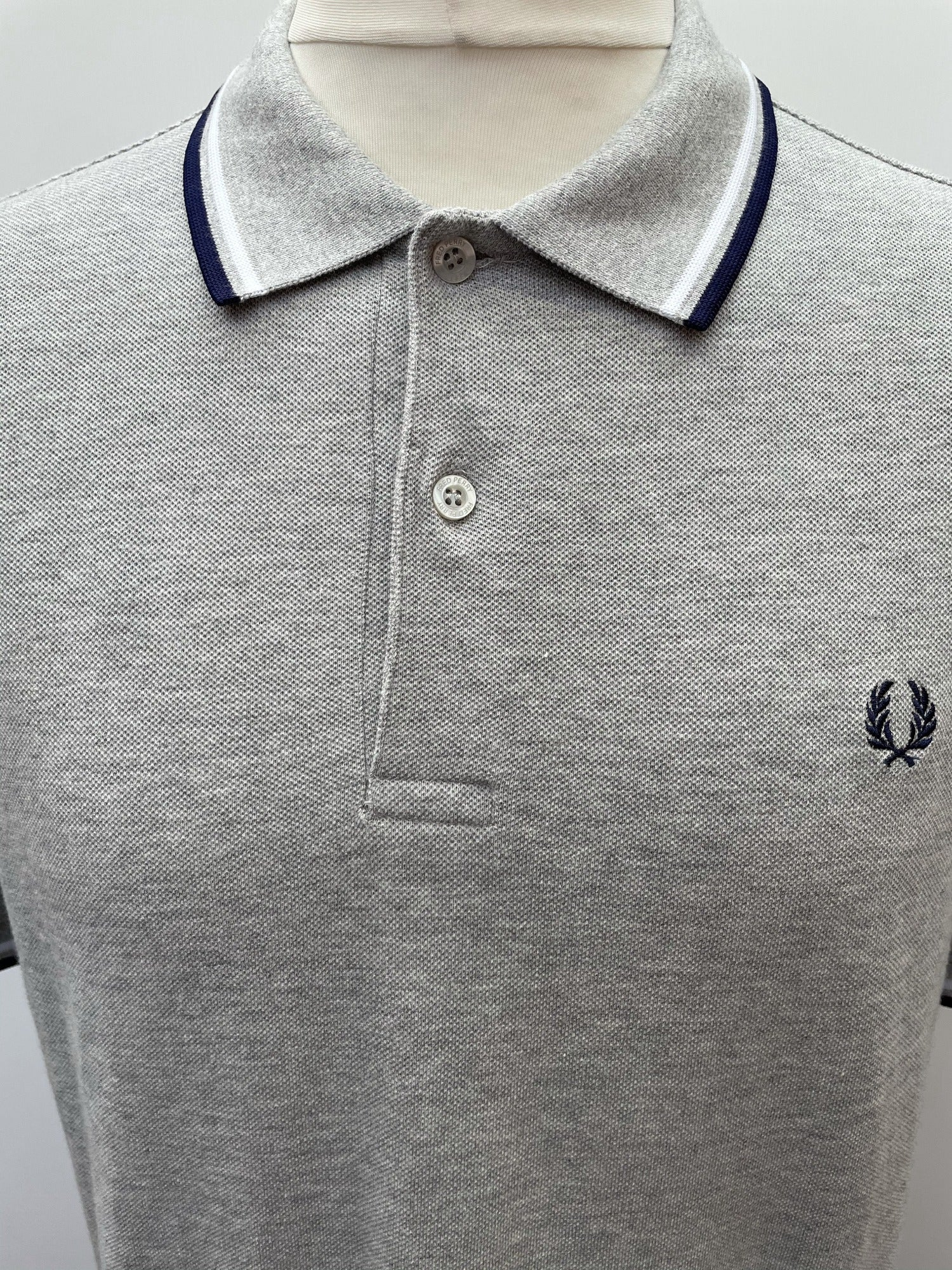 xl  vintage  summer  polo top  polo  navy stripe  mens  logo  Grey  Fred Perry  Cotton  blue urban vilage mens
