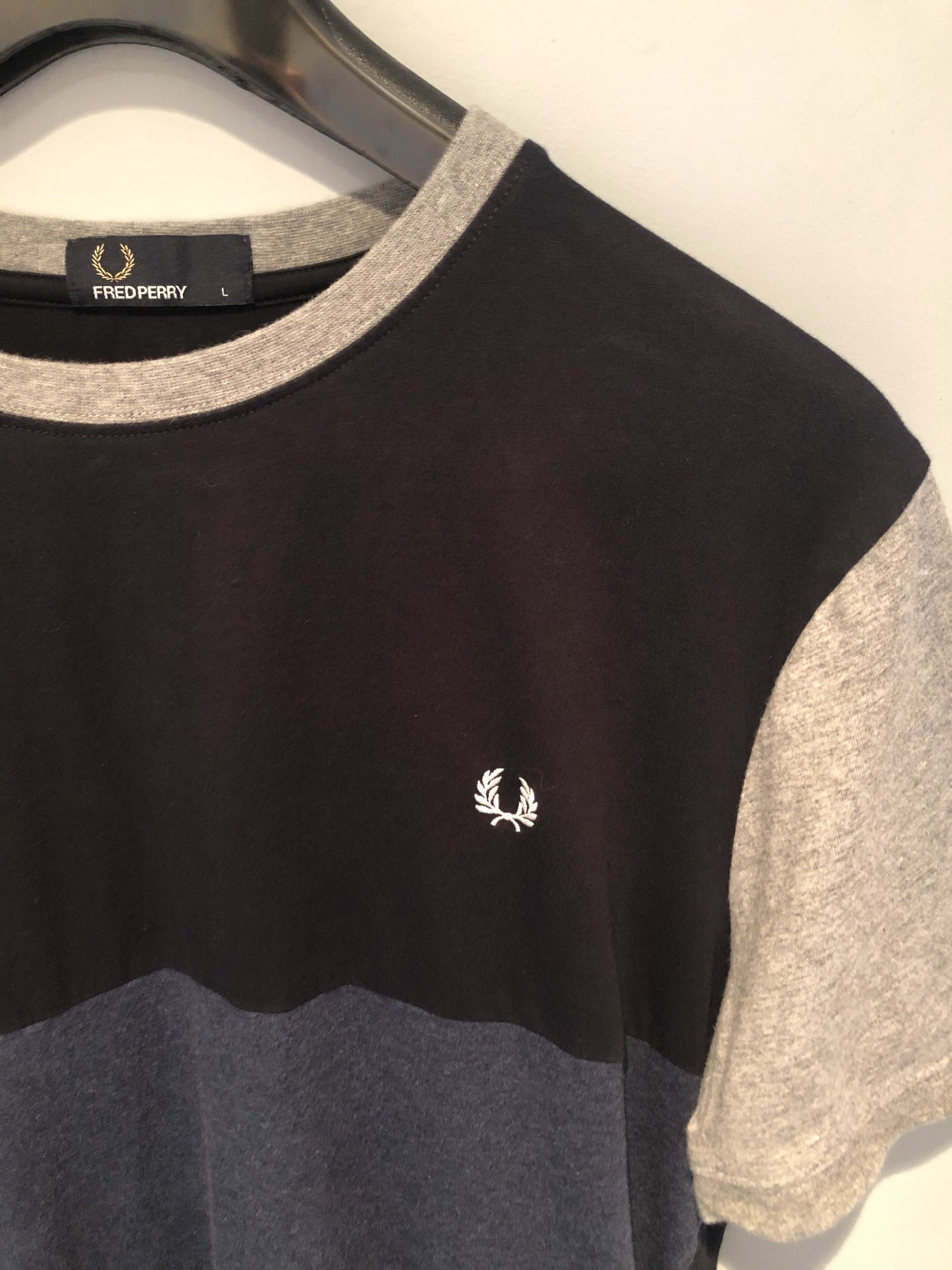 Fred Perry Block Colour T-Shirt Navy, Blue and Grey - Size L - MOD Clothing - Urban Village Vintage