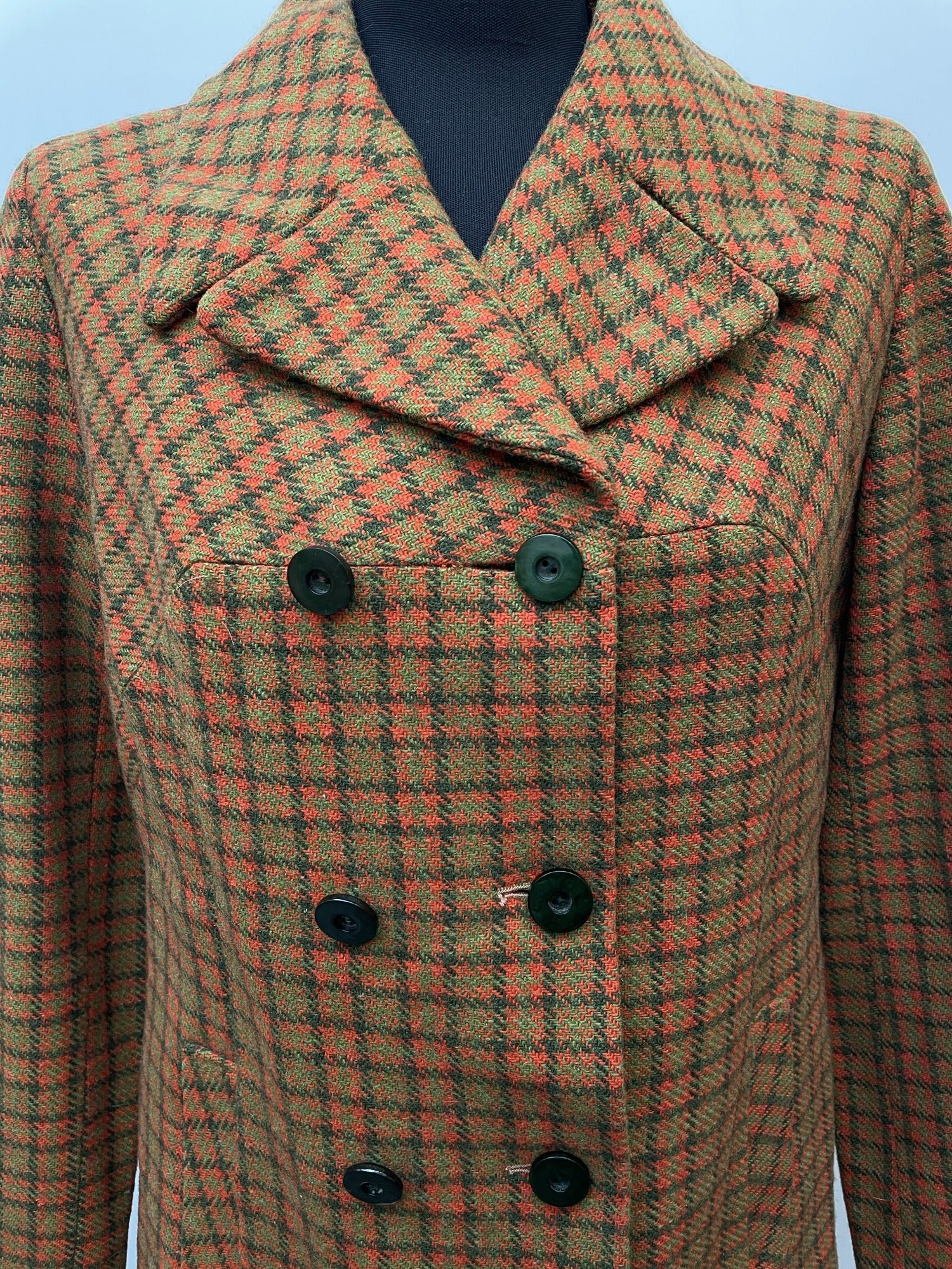 womens  vintage  Urban Village Vintage  urban village  tartan  retro  Red  lining  lined  Jacket  Green  double breasted coat  double breasted  dogtooth  decorative buttons  Cotton  coat  checkered  checked  button down  button  blazer jacket  Blazer  70s  70  1970s