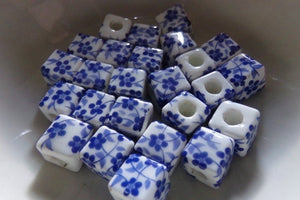 25 pc Blue Floral Porcelain Beads