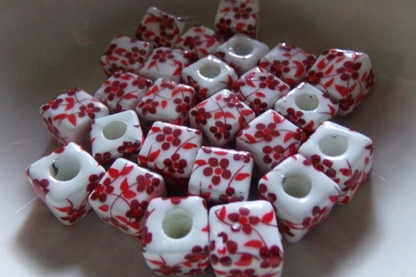 25 pc Red Floral Porcelain Beads