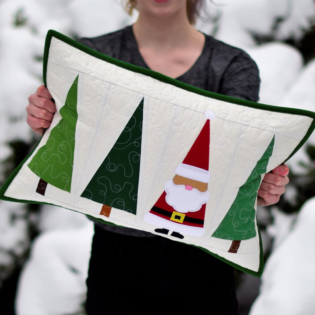 Santa in the Trees Quilt Pillow | Ahhh Quilting