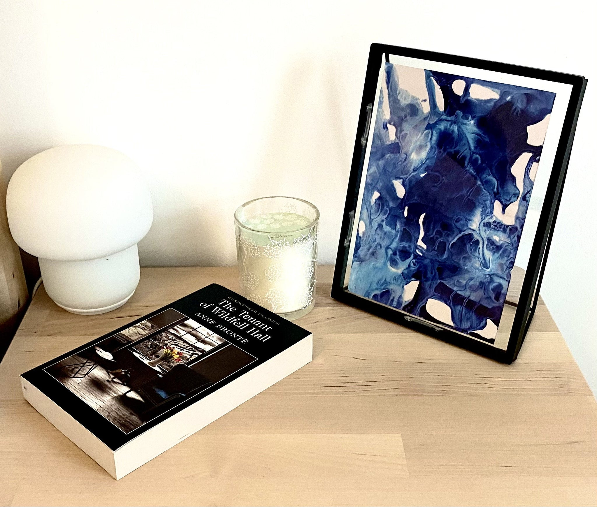 Black floating frame marble art