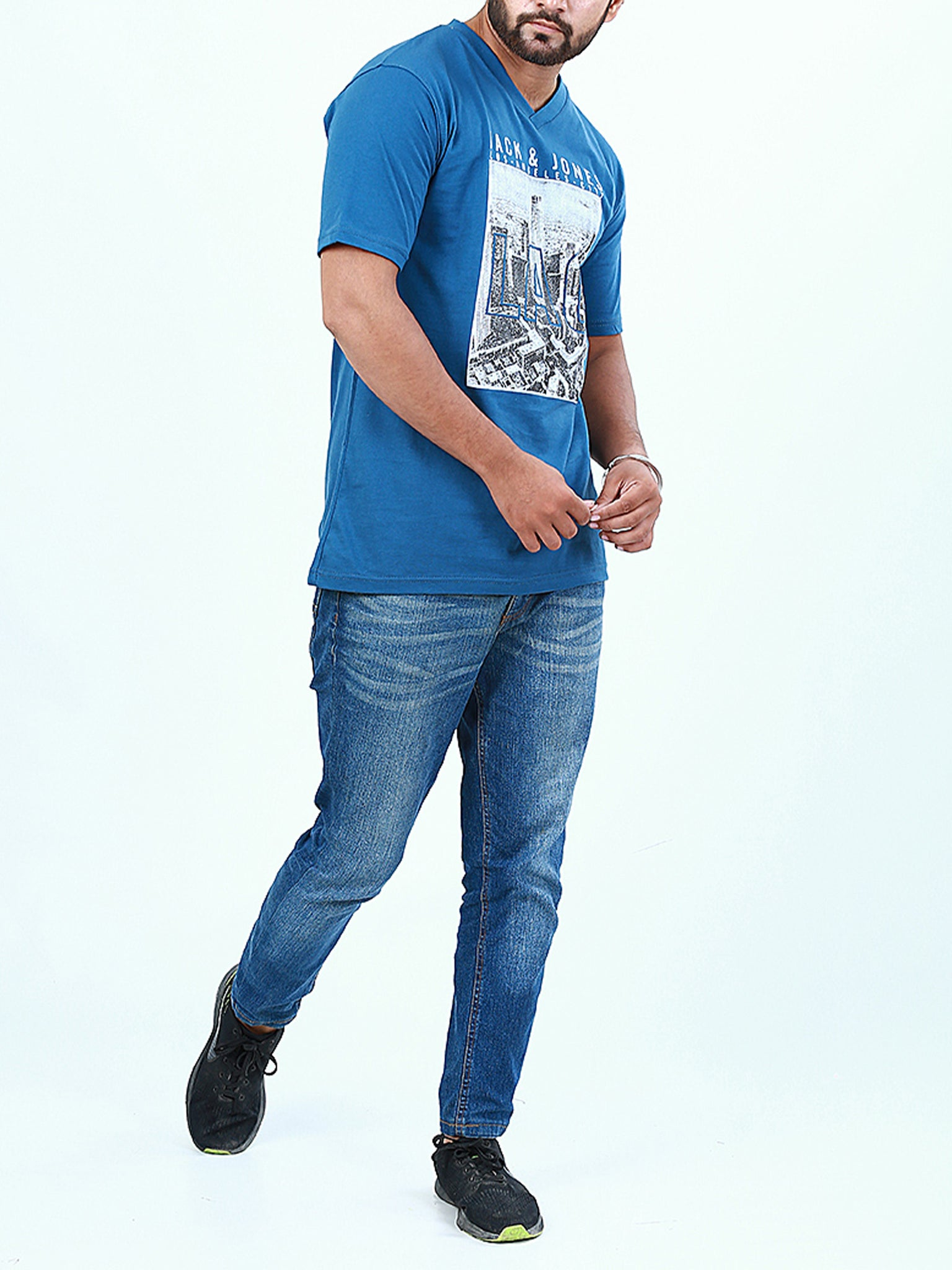 T-Shirt V-Neck for Men Printed LAC Bright Blue