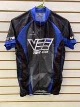 Load image into Gallery viewer, Vintage Cycling Jersey Vee Tire Company Bcs Sz Medium