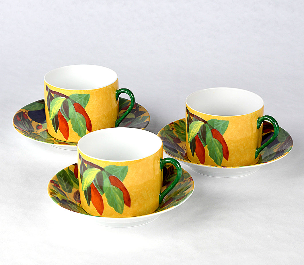 Piments Coffee/Teacup and Saucer