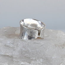 Load image into Gallery viewer, Anticlast Ring Size 8 Sterling Silver