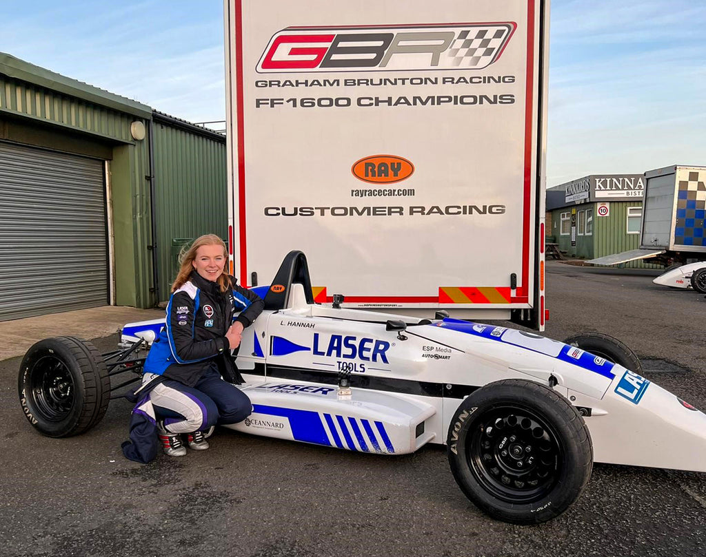 Logan Hannah with her Formula Ford @ Knockhill - photo by Alex Ireland