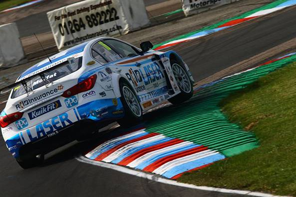 Aiden Moffat in the Laser Tools Racing Infinity Q50 at Thruxton 2020