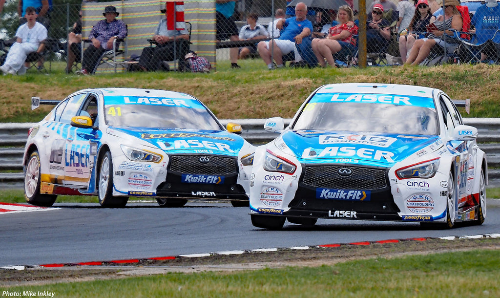 Aiden Moffat and Carl Boardley during Qualifying at Snetterton