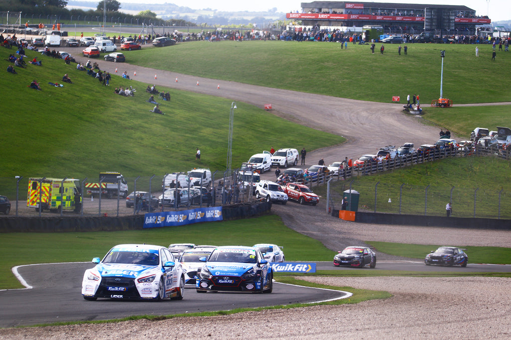 Laser Tools Racing @ Donington Park looking back to the Craner Curves