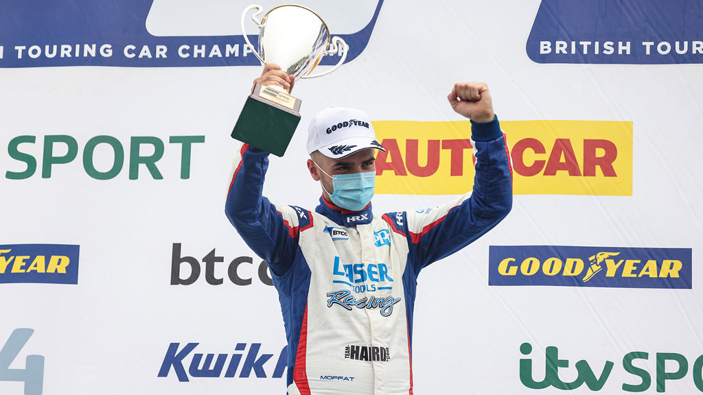 Aiden Moffat grabs 3rd place in race 3 at Brands Hatch Indy BTCC 2021