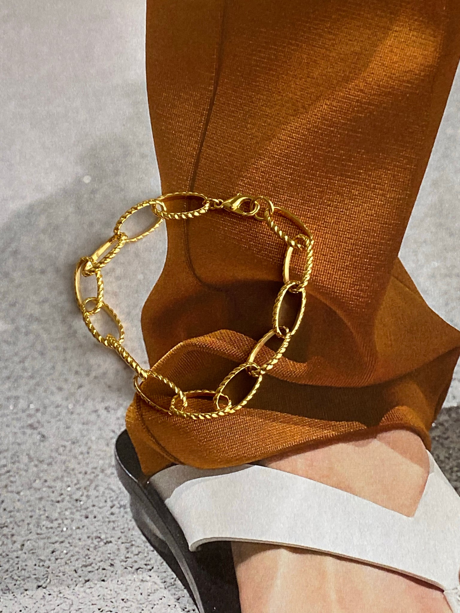 1970-1980 Gold Plated Textured Chain Bracelet