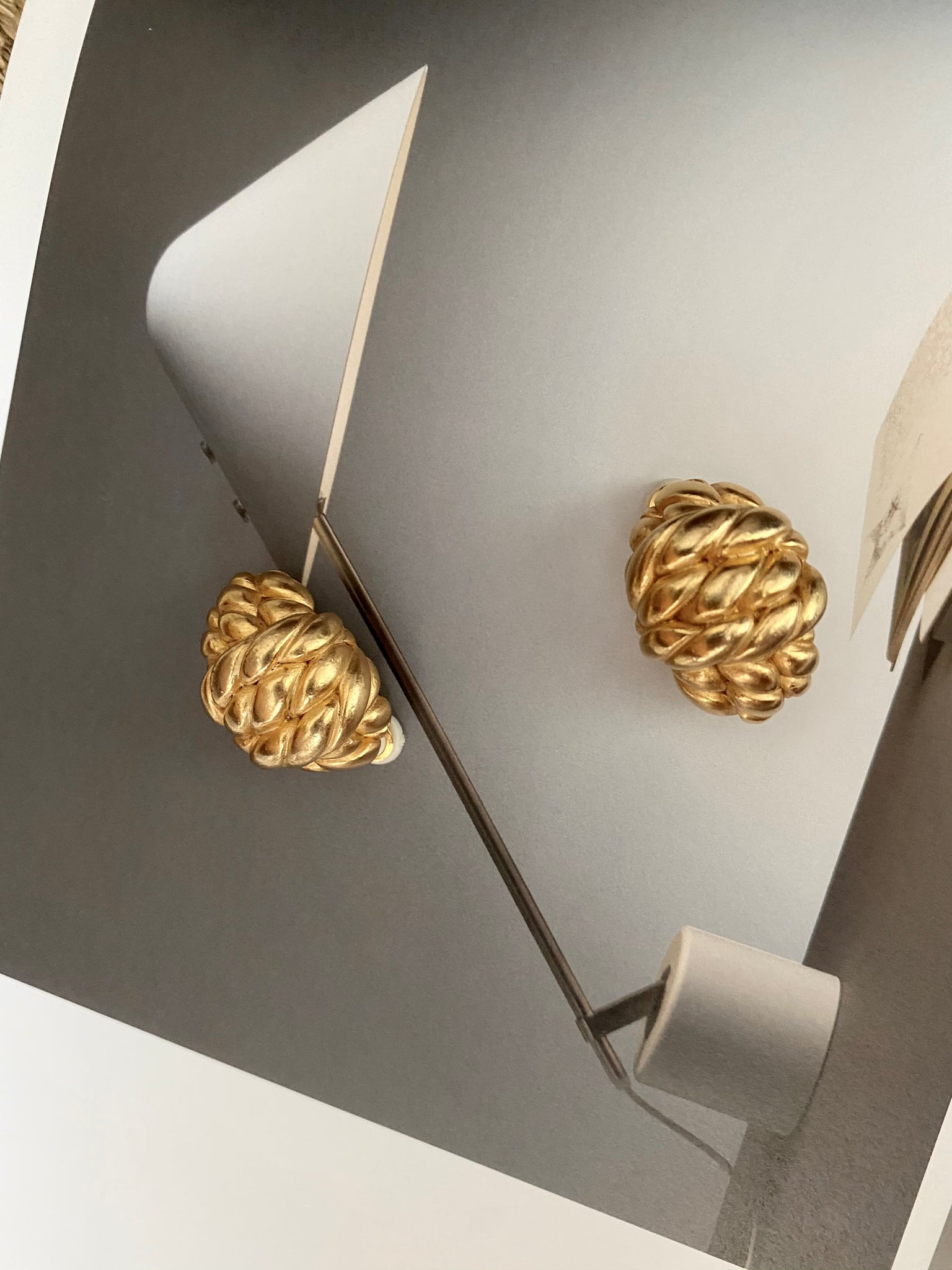 ERWIN PEARL Knot Clip on Earrings